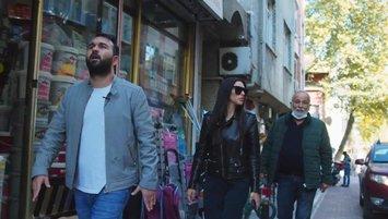 Arda Turan'ın eşi Bayrampaşa sokaklarında!