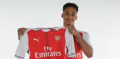 Arsenal'den 40 bin sterlinlik transfer