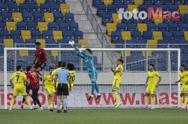 Altay Bayındır kurtardı sosyal medya coştu! Fenerbahçe sensin
