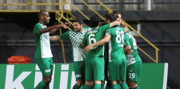 Akhisar Belediyespor 3 oyuncu ile yollarını ayırdı