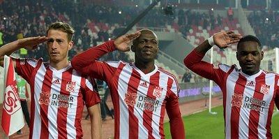 Sivasspor 3 puan peşinde