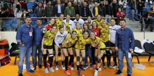 Yenimahalle Avrupa'da son 16 takım arasında