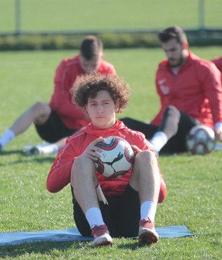 Lazio'dan sürpriz transfer! Muriqi derken Göktuğ Kaan Ünüvar...