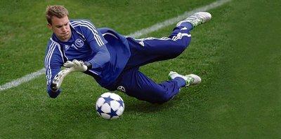Neuer milli takım kadrosundan çıkartıldı