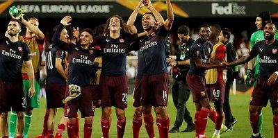 Arsenal Valencia'yı deplasmanda da devirdi! ÖZET | GOLLER | MAÇ ÖZETİ
