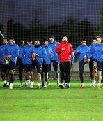 Antalyaspor'u 4 oyuncu sırtladı