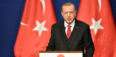 Başkan Erdoğan: UEFA yanlıştan dönsün