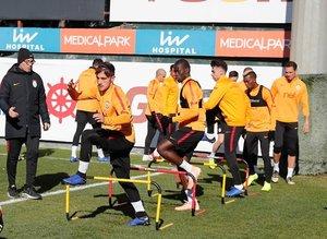 Galatasaray'da MKE Ankaragücü maçı hazırlıkları sürüyor