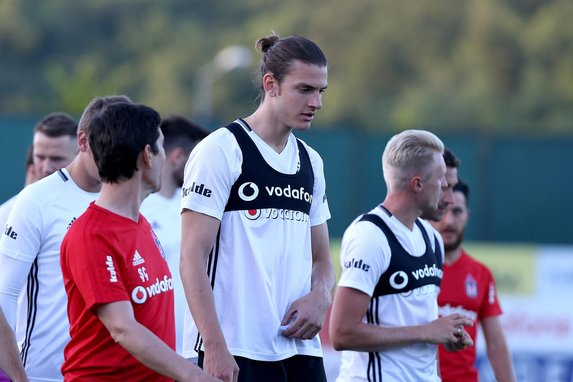 Beşiktaş sezonun ilk idmanını yaptı