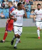 Konyasporlu Samuel Eto'o PSG'li  Kylian Mbappe'yi yeni Messi olarak gösterdi!