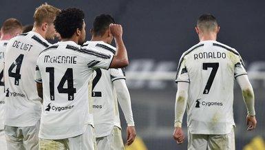 Son dakika spor haberi: İtalyan güvenlik güçlerinden Juventuslu oyuncuların ev partisine baskın!