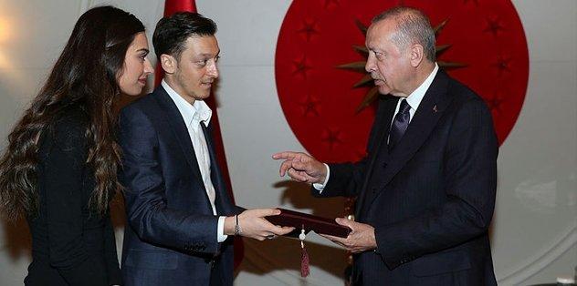 Başkan Erdoğan Özil'i kabul etti