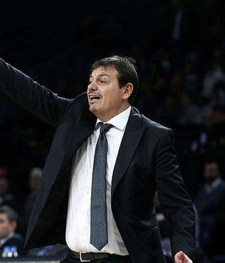 """Ergin Ataman: """"Hücumda ve savunmada iyi bir oyun sergileyerek kazanmasını bildik"""""""