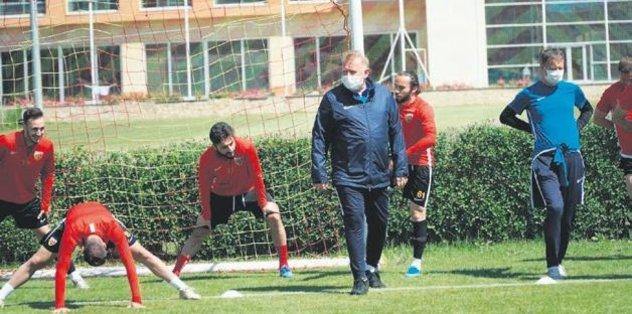 Fenerbahçe'yi yeneceğiz - Futbol -