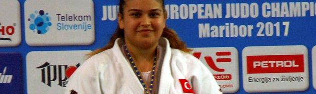 Kübranur Esir, bronz madalya aldı