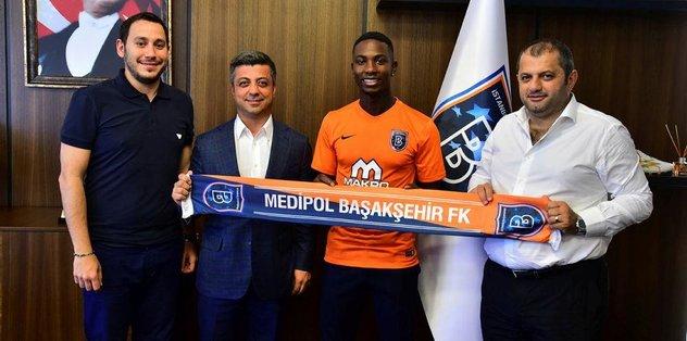 Eljero Elia Başakşehir'de!