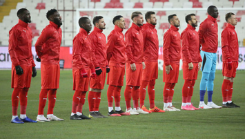 Sivasspor 'beraberlik'te lider!
