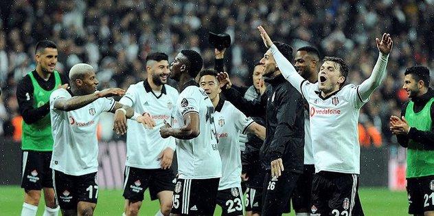 Beşiktaş 4'lüleri yaktı geliyor
