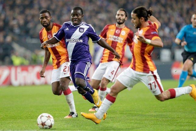 Galatasarayda ayrılık! Bir devir kapanıyor