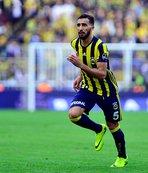 Mehmet Topal, 500. maçına çıkıyor