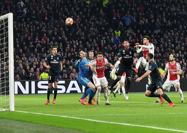 Şampiyonlar Ligi'nde Ajax - Real Madrid maçı tarihe geçti!