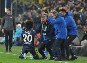 Fenerbahçe kazandı Süper Lig'de zirve karıştı! İşte güncel puan durumu...