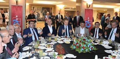 Trabzonspor camiası iftarda buluştu