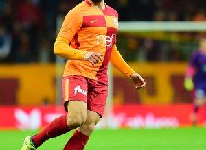 """Galatasaray'dan yıldız futbolcuya rest! """"İstediğin takıma gidebilirsin"""""""