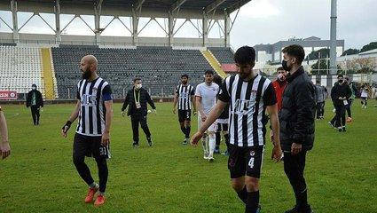 Son dakika spor haberi: Manisaspor profesyonel liglere veda etti