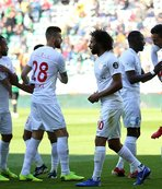 Antalyaspor Mevlüt'le güldü