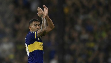 Tevez quits Argentina football, keeps quiet on retirement