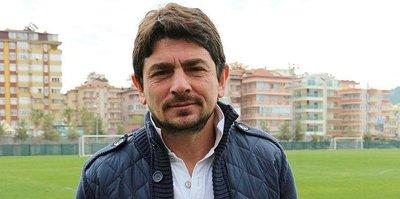 Alanyaspor'da sportif direktörle yollar ayrıldı