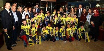 'Umudum Öğretmenim Projesi' ile öğrenciler Fenerbahçe Stadı'nda