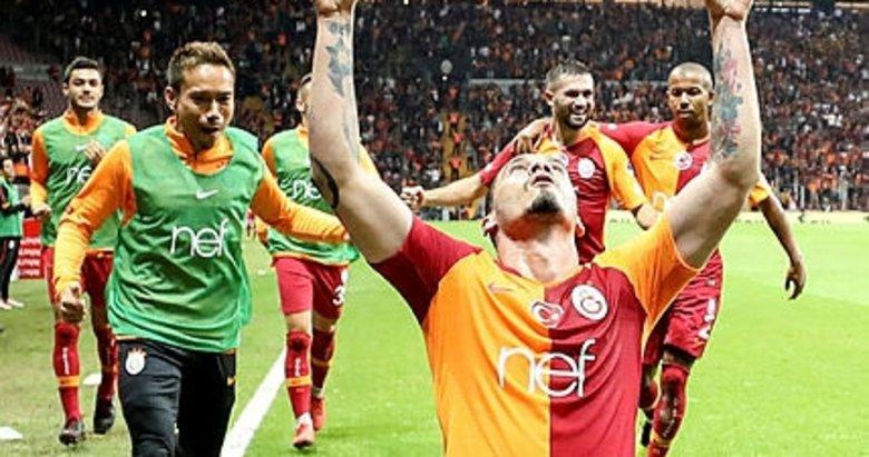 Galatasarayda kim nasıl oynadı?