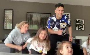 Falcao ve ailesinden evde dans şov!