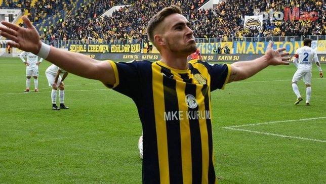 Beşiktaş'ta Tyler Boyd için imza zamanı