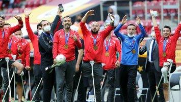 TFF'den Ampute Milli Futbol Takımı'na ödül!