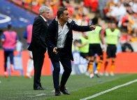 Fenerbahçe Phillip Cocu'nun yerine Carlos Carvalhal'e teklif götürdü