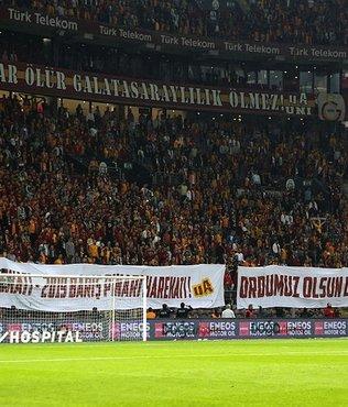 Galatasaray taraftarlarından Mehmetçik'e destek