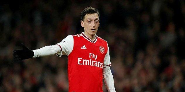 """Mesut Özil için flaş sözler! """"Arsenal'den ayrılmalı"""""""