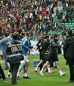 Amed Sportif - Sakaryaspor futbolcuları maç öncesi kavga etti