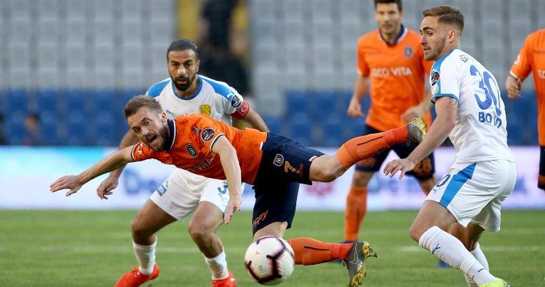 Başakşehir - Ankaragücü maçından kareler...
