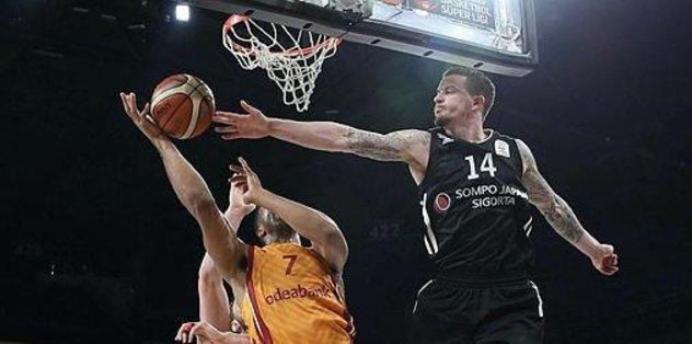 Derbide kazanan Galatasaray!