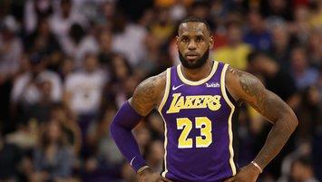 LeBron James kariyerini Lakers'ta tamamlayacak