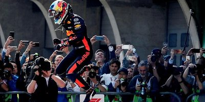 Ricciardo zirveye çıktı
