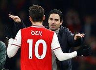 Mesut Özil'den şaşırtan detay! O maçta...