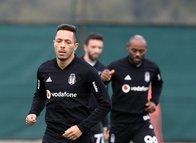 Vagner Love Beşiktaş'ı bombaladı!