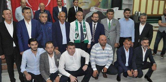 Denizlispor'da başkan Mustafa Üstek güven tazeledi