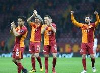 Galatasaraylı yıldızın menajeri İstanbul'da!