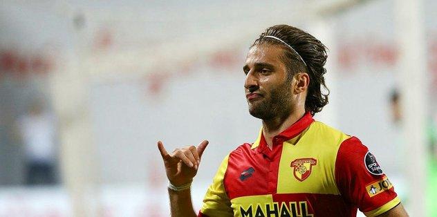 Alpaslan Öztürk: Futbol oynamak da konuşmak da istemiyorum!
